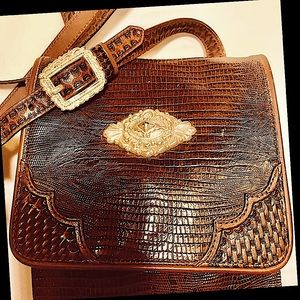 BROWN LEATHER CROSSBODY PURSE SILVER CONCH…
